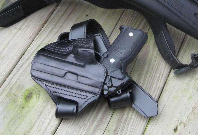 STOEGER cougars - Semi-Auto Handguns